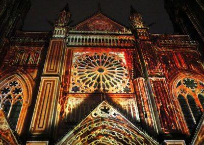 Cathedrale de Poitiers-Mapping-Azarek-Lumières féeriques-Cathédrale Saint Pierre 01