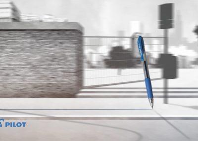 _0006_azarek-pilot G2-Motion Design-vidéo