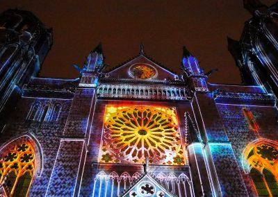 Cathedrale de Poitiers-Mapping-Azarek-Lumières féeriques-Cathédrale Saint Pierre 02
