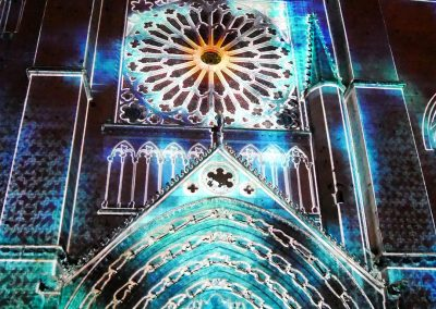 Cathedrale de Poitiers-Mapping-Azarek-Lumières féeriques-Cathédrale Saint Pierre 08